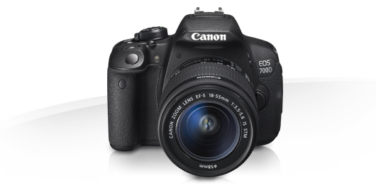 Canon 700D kit 18-55 is STM kit